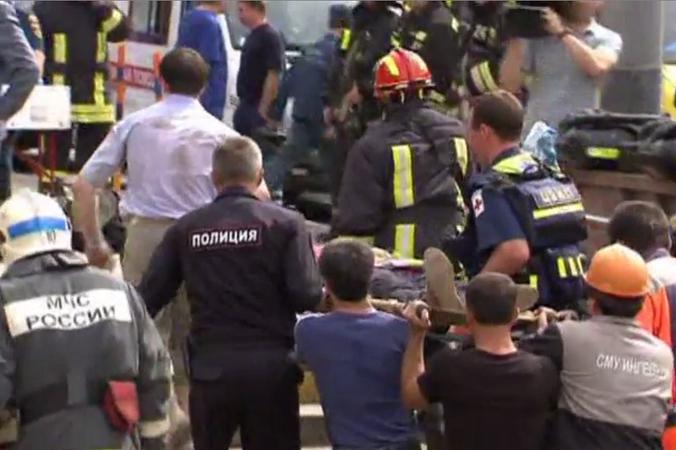 Жертвами аварии в московском метро стали не менее 12 человек