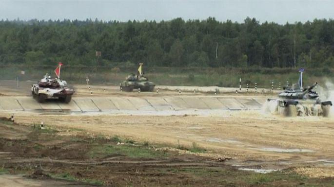Российские команды заняли первое и второе место чемпионат мира по танковому биатлону
