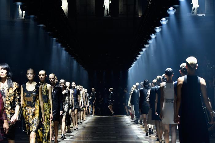 мода, показ мод, неделя моды