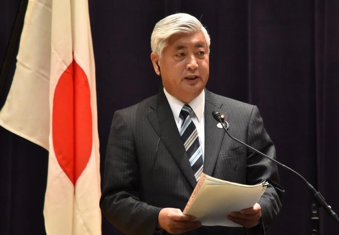 Министр обороны Японии Гэн Накатани отдал приказ - уничтожить ракету КНДР в случае подтверждения вероятности её падения на территорию Японии.