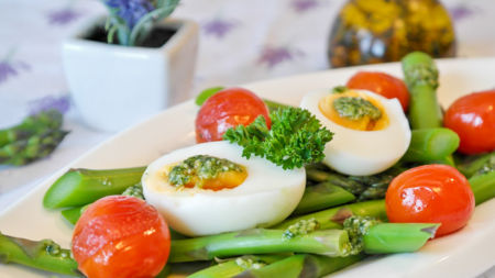 Едим яйца с максимальной пользой Едим яйца с максимальной пользой