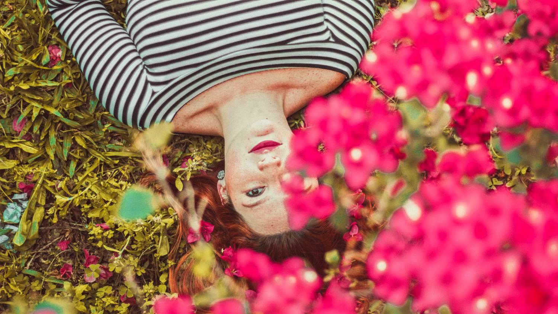 девушка, цветы