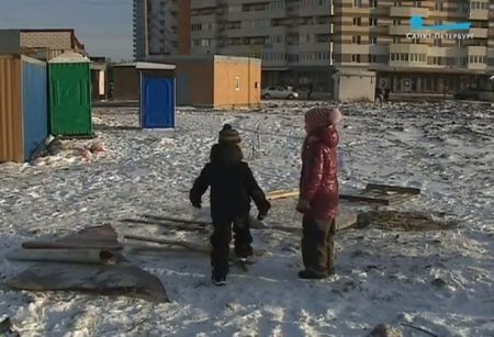 дети, снег, стройка, площадка