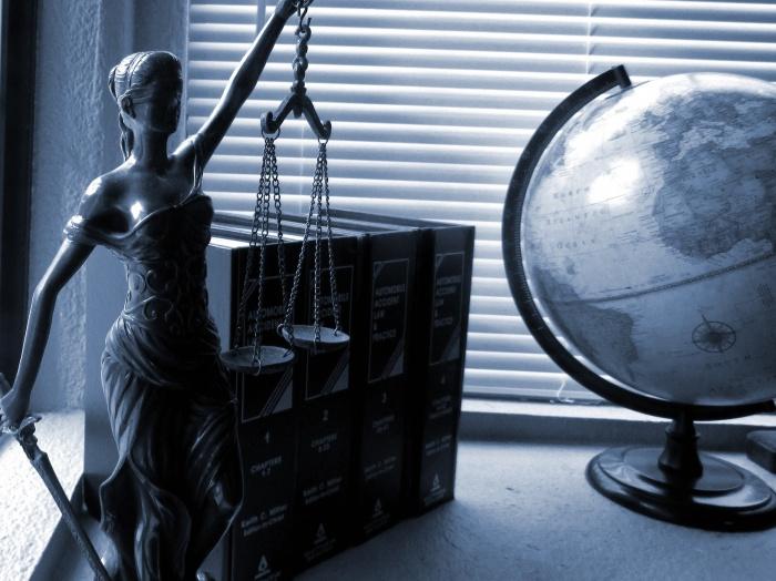 уголовное дело, привлечение, адвокат