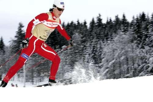 """126 vas snowmen 80101014 - Фотообзор: В лыжном соревновании """"Тур де ски"""" победу одержал Бауэр"""