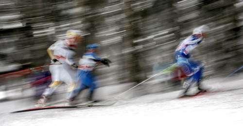 """126 vas snowmen 8010102 - Фотообзор: В лыжном соревновании """"Тур де ски"""" победу одержал Бауэр"""