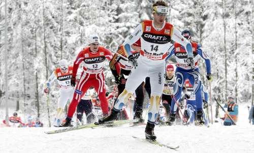 """126 vas snowmen 8010105 - Фотообзор: В лыжном соревновании """"Тур де ски"""" победу одержал Бауэр"""