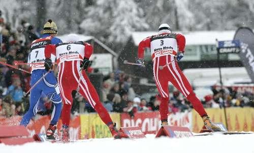 """126 vas snowmen 8010106 - Фотообзор: В лыжном соревновании """"Тур де ски"""" победу одержал Бауэр"""