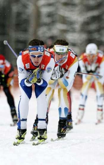"""126 vas snowmen 8010108 - Фотообзор: В лыжном соревновании """"Тур де ски"""" победу одержал Бауэр"""