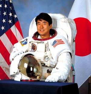 Японский астронавт узнает, вернется ли к нему бумеранг в космосе