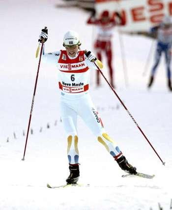 """126 vas snowwom 8010114 - Фотообзор:  Шарлотта Калла пришла первая в лыжном соревновании """"Тур де ски"""""""