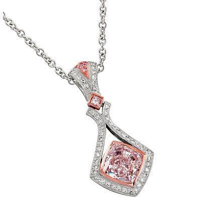 Уникальные украшения из розовых бриллиантов