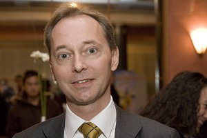 105 130405 - Посмотрите шоу «один, два или несколько раз», - говорит член федерального шведского парламента