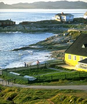 115 2008 4 27 nuuk egede home 0240 054 - Погреться в Гренландии