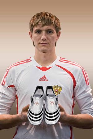 Adidas и Российский футбольный союз будут дружить до 2018 года