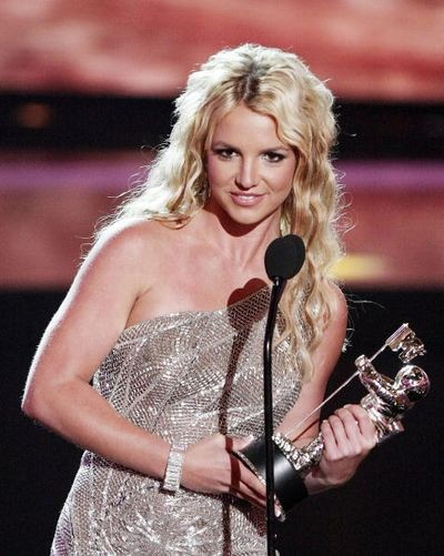 115 u94 1009 TIAN 014 - Триумфальное возвращение Бритни Спирс на церемонии MTV Video Music Awards 2008