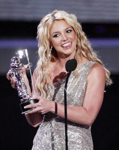 115 u94 1009 TIAN 015 - Триумфальное возвращение Бритни Спирс на церемонии MTV Video Music Awards 2008
