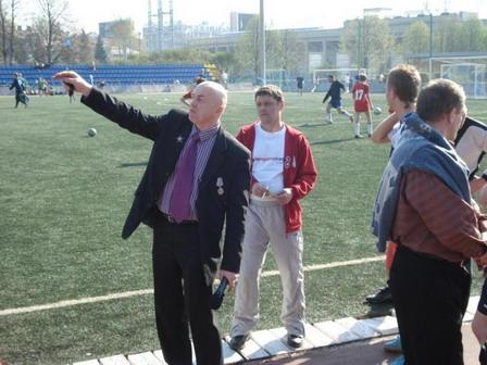 105 030505 - Афганский футбол по случаю праздника Победы прошел в Петровском округе