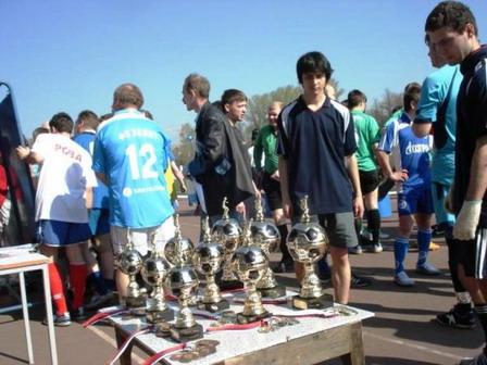 105 030511 - Афганский футбол по случаю праздника Победы прошел в Петровском округе