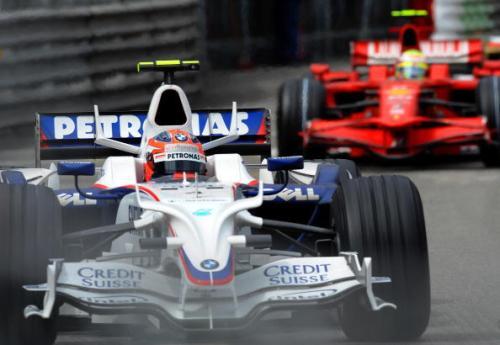 115 vrs2008052614 - Фотообзор: Формула 1. Очередная победа Хэмилтона