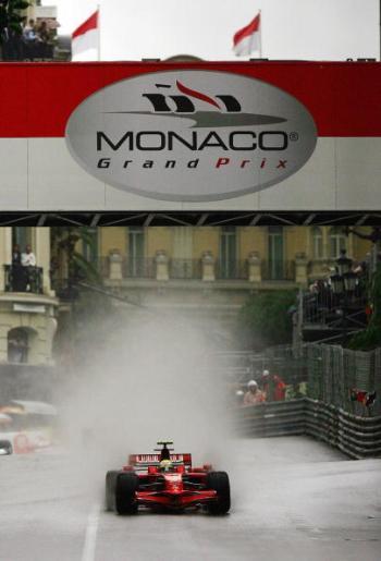 115 vrs2008052616 - Фотообзор: Формула 1. Очередная победа Хэмилтона