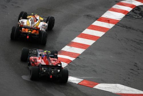 115 vrs200805263 - Фотообзор: Формула 1. Очередная победа Хэмилтона