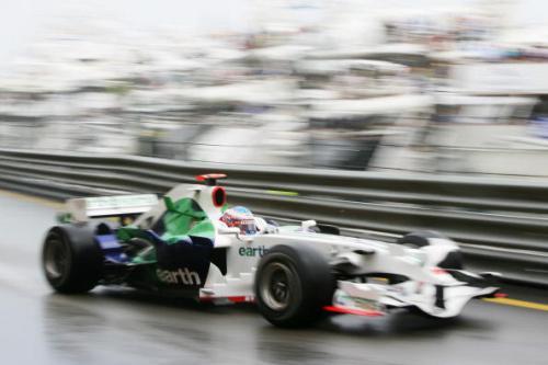 115 vrs200805264 - Фотообзор: Формула 1. Очередная победа Хэмилтона
