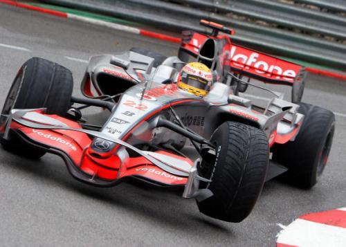 115 vrs200805269 - Фотообзор: Формула 1. Очередная победа Хэмилтона