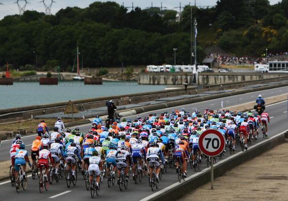 115 vrs200807074 - Фотообзор: Велоспорт. Во французском туре смена лидера