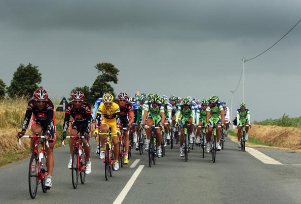 115 vrs200807078 - Фотообзор: Велоспорт. Во французском туре смена лидера