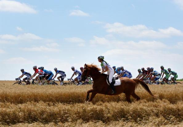 """115 vrs200807094 - Фотообзор: Велоспорт. 5-й этап """"Тур де Франс"""""""