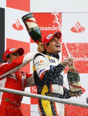 115 vrs200807203 - Фотообзор: Формула 1. Хэмилтон выиграл Гран-при Германии