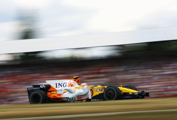 115 vrs200807205 - Фотообзор: Формула 1. Хэмилтон выиграл Гран-при Германии
