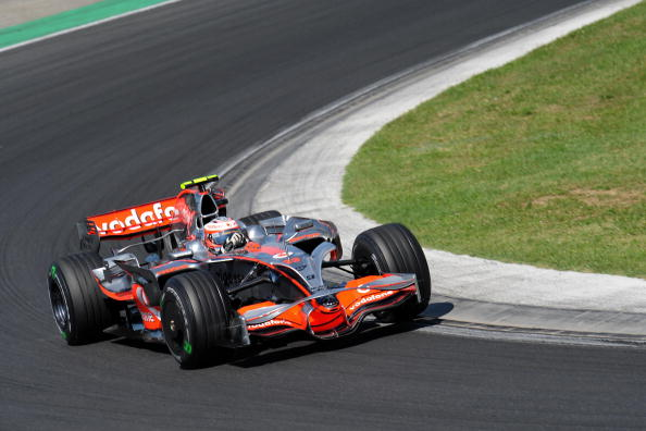 115 vrs2008080410 - Фотообзор: Формула 1. Ковалайнен победил в Венгрии