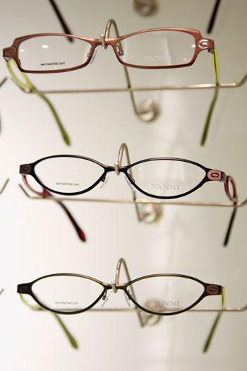 153 17 05 09 766 - Дилемма выбора: очки, линзы или операция?