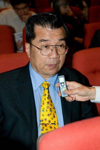 102 .2009.03.16 - Генеральный директор таможни: «Тот, кто не увидит Shen Yun, будет об этом сожалеть»