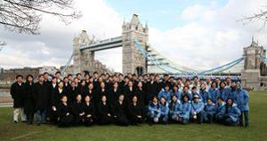111 2009 03 11 l  90306072412853 - Артисты Divine Performing Arts осматривают исторический Лондон