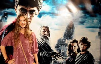 126 16 07 09 harry - Шестой фильм о Гарри Поттере становится самым прибыльным в истории