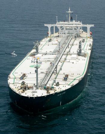 Россия отправляет на борьбу с сомалийскими пиратами боевые корабли Тихоокеанского флота