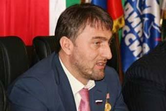 Депутат Госдумы РФ Адам Делимханов, выступая по телевидению Чечни, приравнял правозащитников к боевикам
