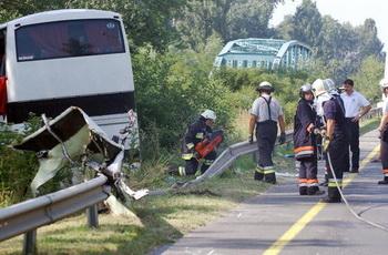 156 26 07 09 crash - Опознаны двадцать погибших в ДТП в Ростовской области