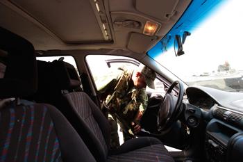90 09 07 09 475 R - Расследование убийства подполковника Дмитрия Чудакова и его семьи продолжается