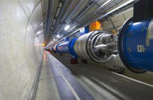 Большой адронный коллайдер отключен из-за аварии