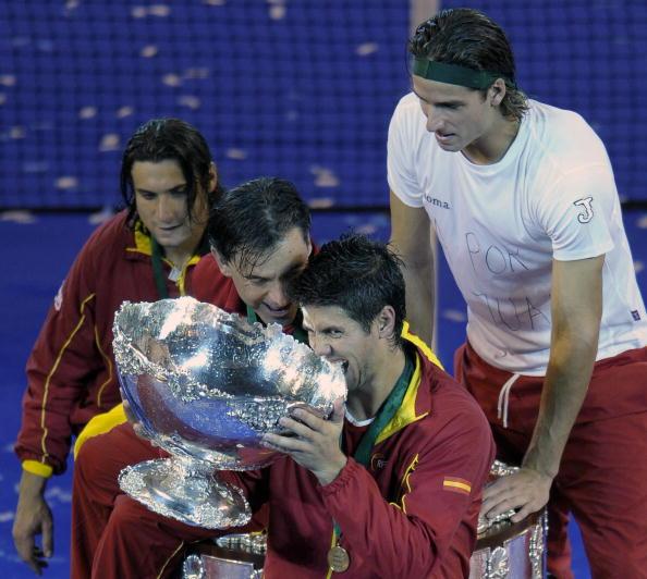 102 vrs200811242 - Фотообзор: Сборная Испании стала обладателем Кубка Дэвиса