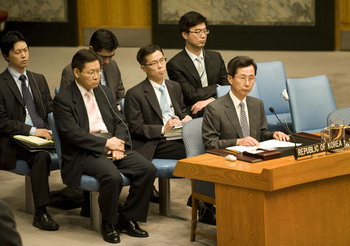 Ответить войной грозит КНДР на все попытки изолировать страну