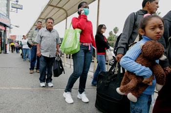 Мексику, кроме свиного гриппа, настигло землетрясение