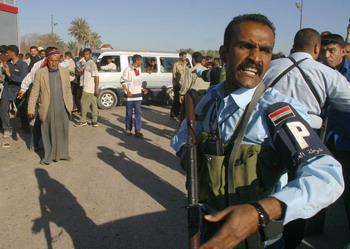 126 shiit 2959967 - Смертница подорвала себя в толпе паломников в Ираке