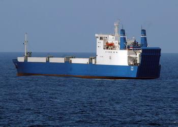 126 tank 83061919 - Российский танкер смог уйти от пиратов у берегов Нигерии