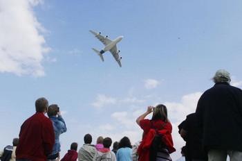 В официальном отчете о причинах авиакатастрофы А-330, все, высказанные ранее версии, отклонены