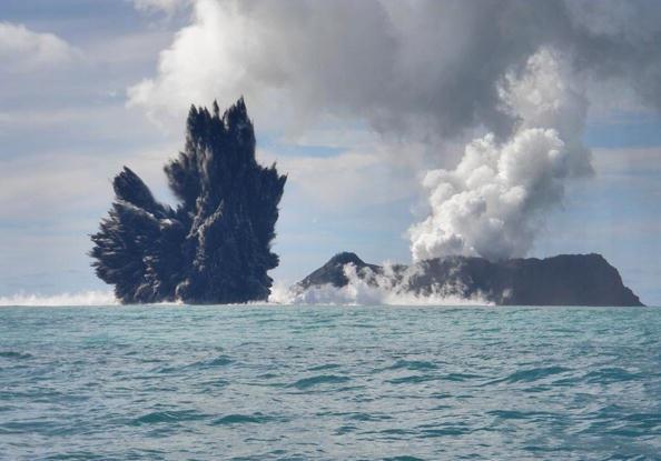 150 903190710131462 - Проснулся подводный вулкан в южной части Тихого океана острова Тонга